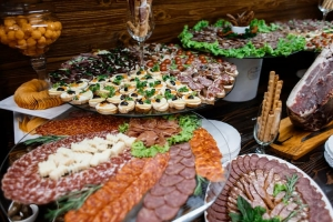 Benefits of Corporate Catering for Employees
